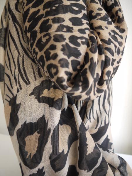 P1330728-scarf