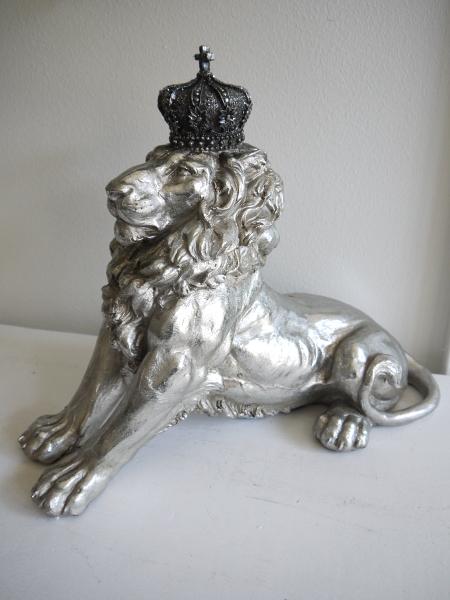 Prydnadssak-lejon-i-silver