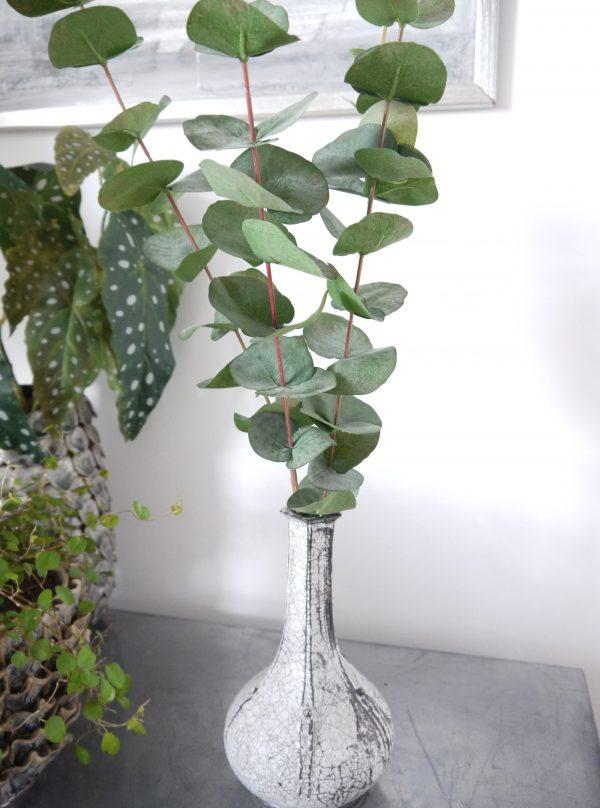 Konstgjord-eucalyptus-kvist