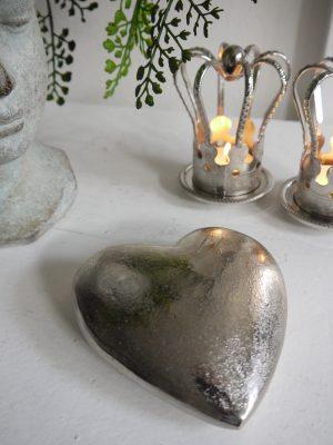 Ruff hjärta dekoration i silver