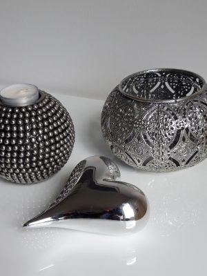 Dekorationshjärta i silver. Besök Blickfång.se