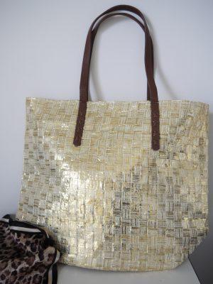 Väska i guld