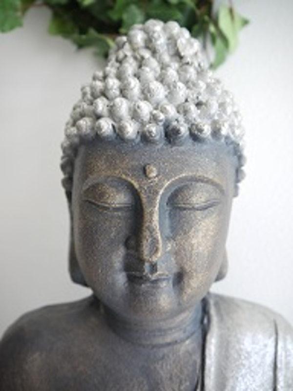 Stor-buddha-i-brun-och-silver-1