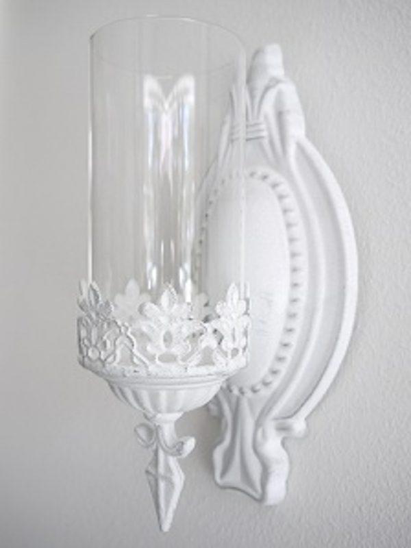 Vit-vaggljuslykta-med-glascylinder