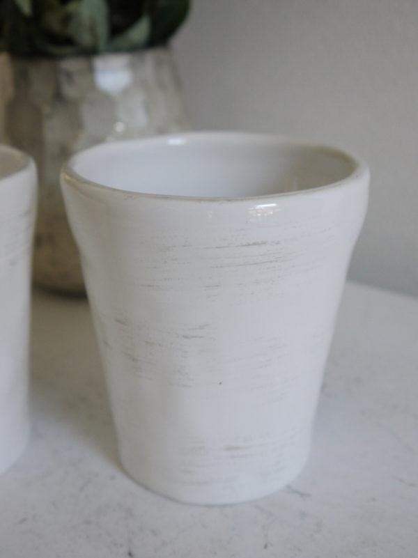 Vit-mugg-i-keramik-1
