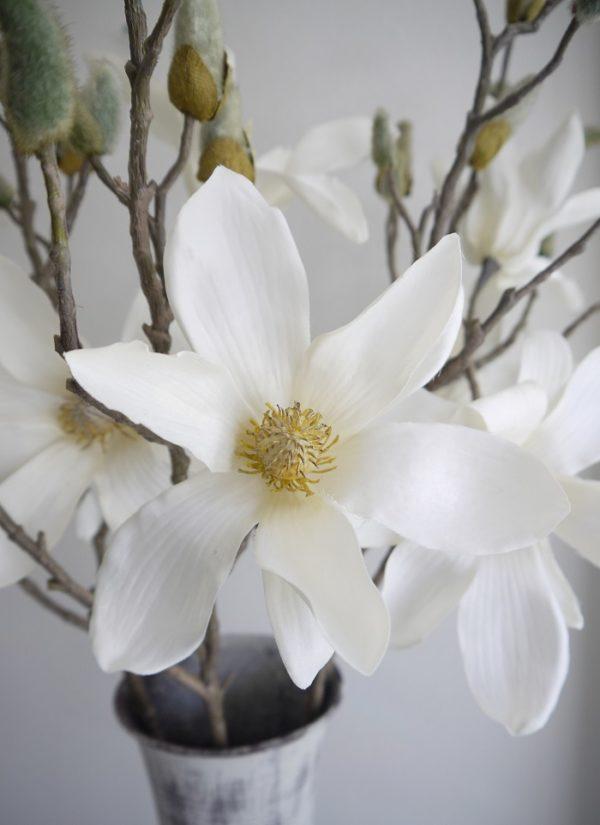 Konstgjord-vit-magnolia-pa-stjalk-1