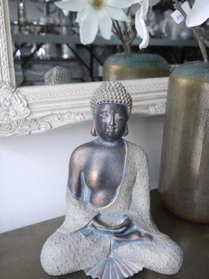 Buddha prydnadsfigur Gottama. Besök Blickfång.se