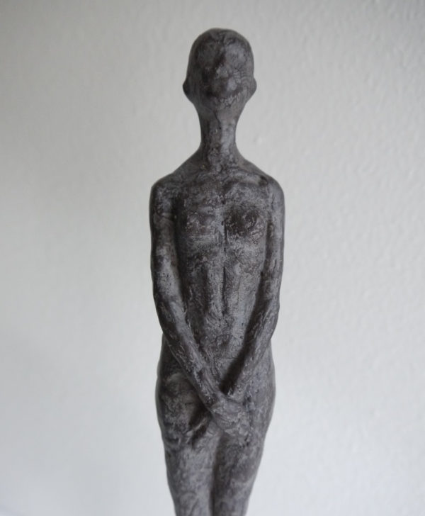 Dam-skulptur-prydnadssak-1