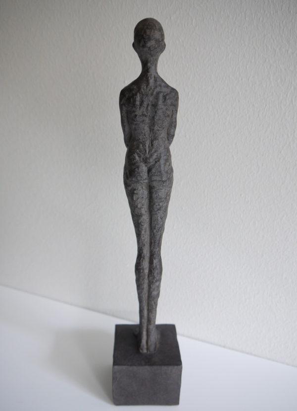Dam-skulptur-prydnadssak-3