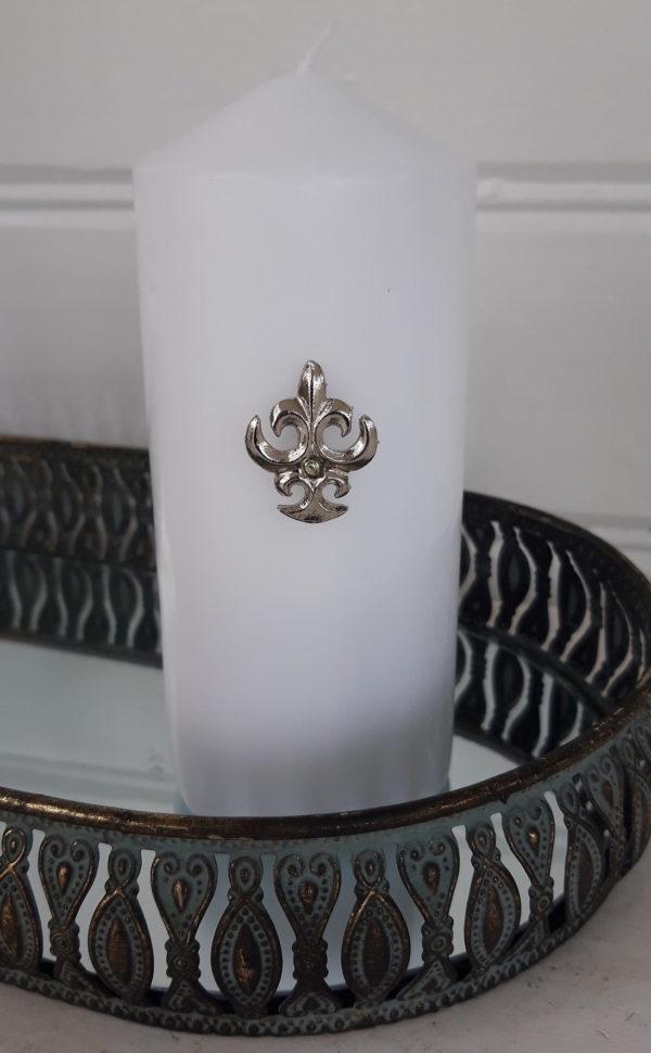 Fransk-lilja-ljussmycke