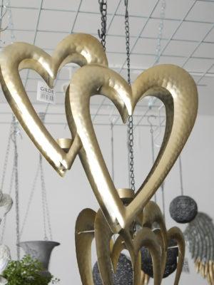 Hänghjärtan guld till ljus. Besök Blickfång.se