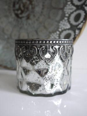 Ljuslykta silver shabby chic. Besök Blickfång.se