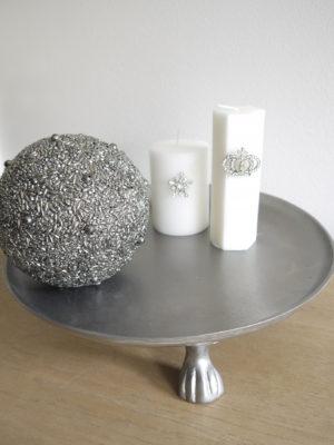 Runt fat silver på tassar. Besök Blickfång.se