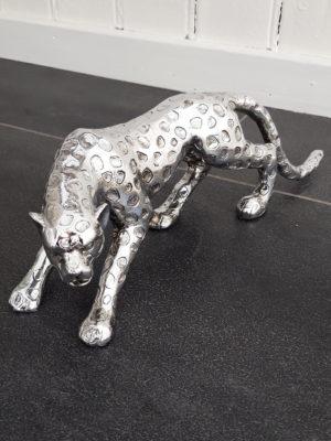 Leopard dekorationsdjur i silver. Besök Blickfång.se