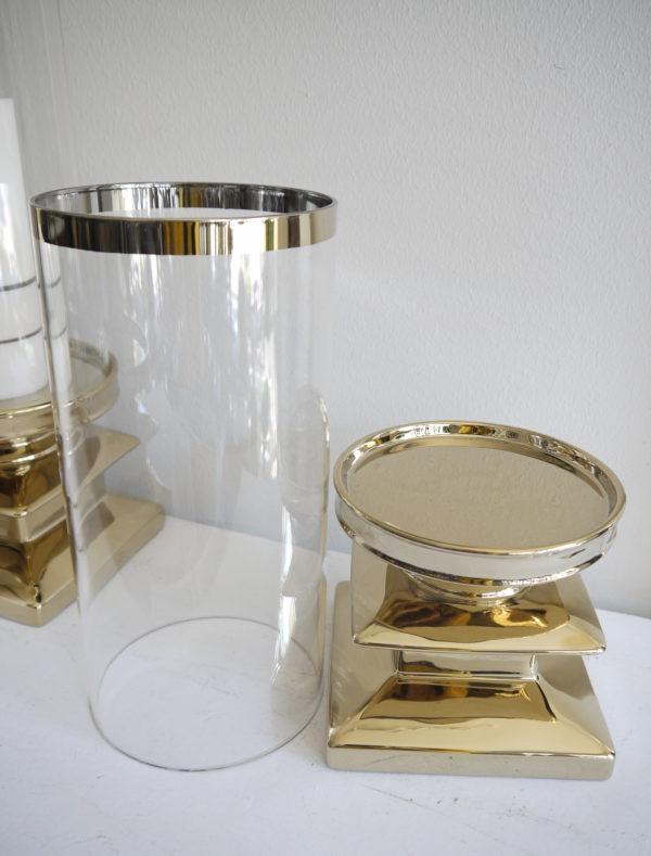 Stor-ljuslykta-i-guld-med-clascylinder-2