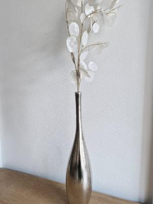 Flaskvas i silver metall. Besök Blickfång.se