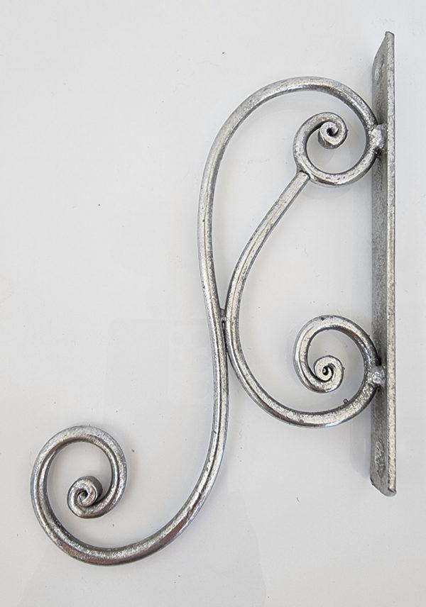 Vaggkrok-i-antik-silver