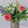 Konstgjord bukett blommor. Besök Blickfång.se