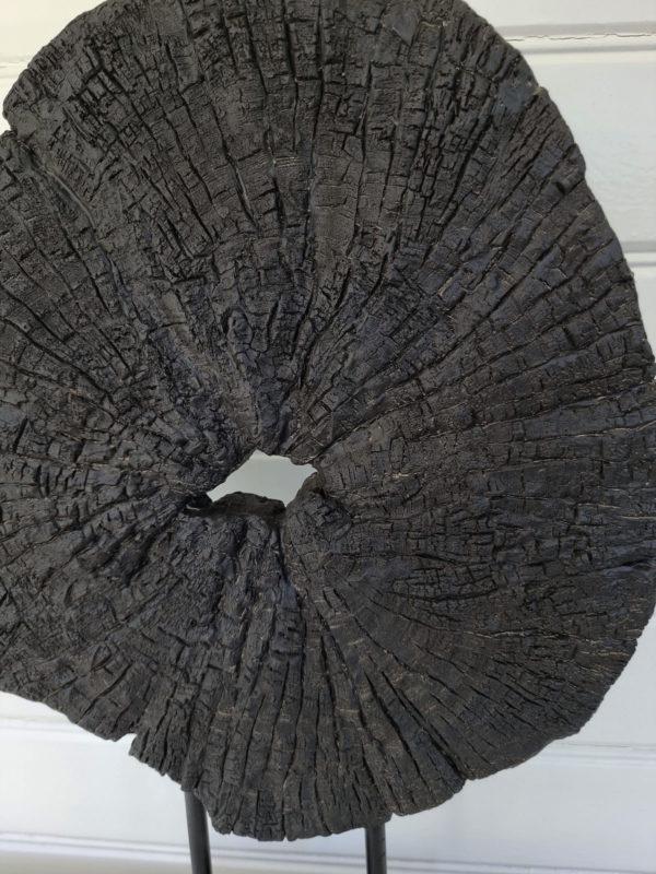 rund-svart-bordsdekoration-1