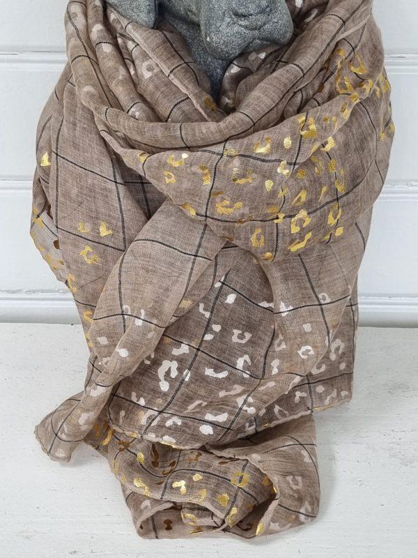 Beige scarf med guld och silver-1