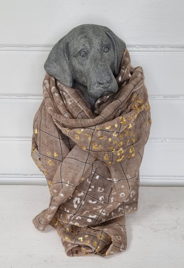 Beige scarf med guld och silver