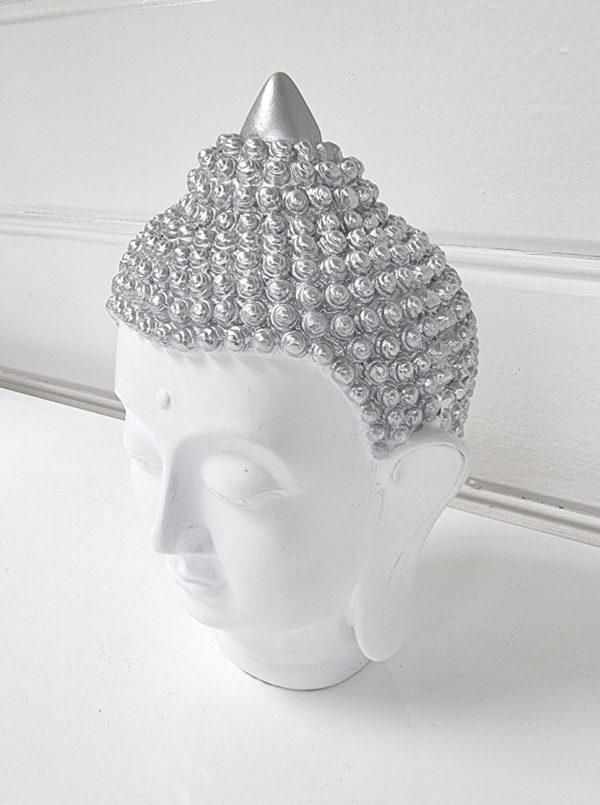thai-buddha-vitt-ansikte-1