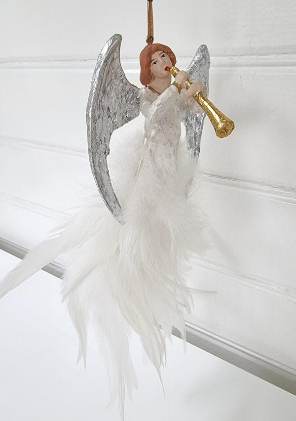 Angel-spelande-trumpet-hangprydnad