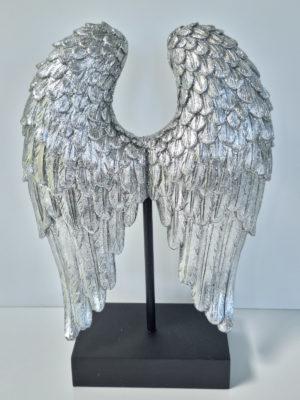 Änglavingar i silver som prydnadsfigur. Besök Blickfång.se