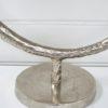 Skulptur-ring-pa-fot-silver-2