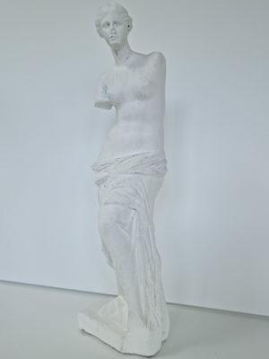 Venus vit prydnadsfigur. Besök Blickfång.se