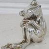 Liten groda prydnad i silver. Besök blickfång.se